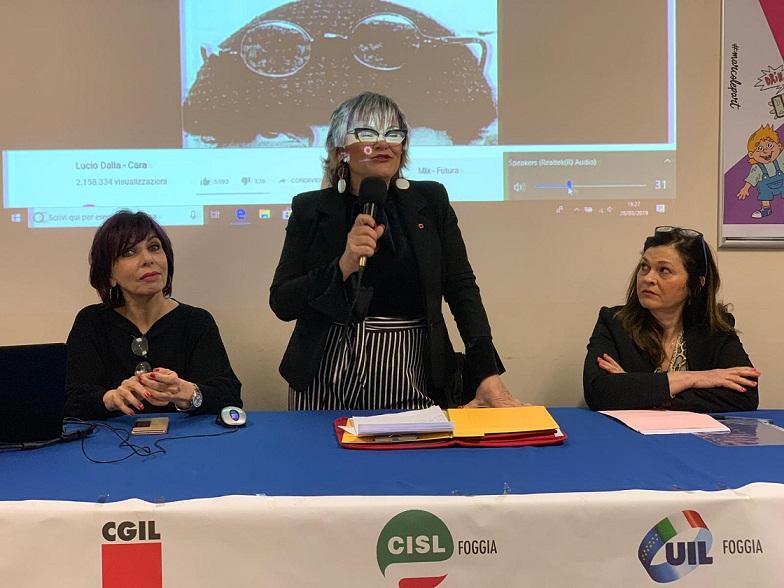 Donne a lavoro, storie di sorellanza nel segno di Paola Clemente
