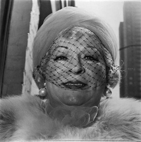 Il genio di Diane Arbus, la fotografa degli aristocratici della sofferenza