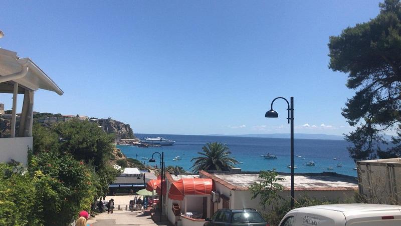 Isole Tremiti, 30 anni di Riserva Marina, al via i festeggiamenti in attesa del tuffo di Michele Emiliano