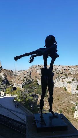 La persistenza degli opposti, la mostra di Salvador Dalì a Matera