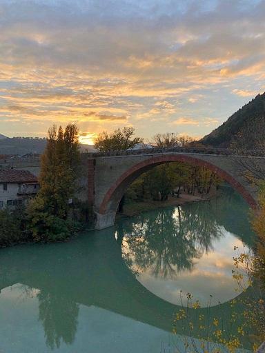 Dal mare ai borghi dell'amore: Confcommercio presenta l'Itinerario Romantico nella provincia di Pesaro Urbino