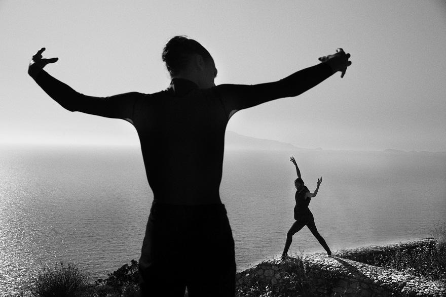 """""""Racconti di volo e di danze"""", Lorenzo Cicconi Massi e le sue figure senza tempo"""