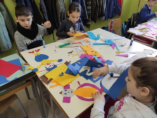 """""""Il Circo delle Nuvole"""" di Gek Tessaro prende vita alla scuola Santa Chiara"""