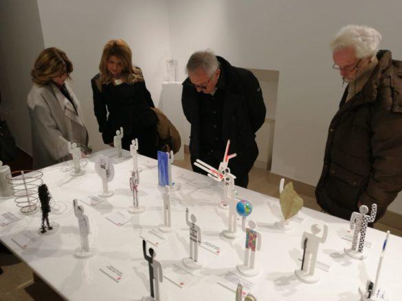 Modulor o Algoritmo? Cento  nuovi omini di Le Corbusier in mostra. Tra corpo e architettura al tempo dei social network