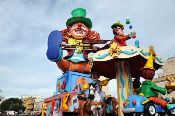 Il Carnevale di Manfredonia dal Baccanale a Ze' Peppe