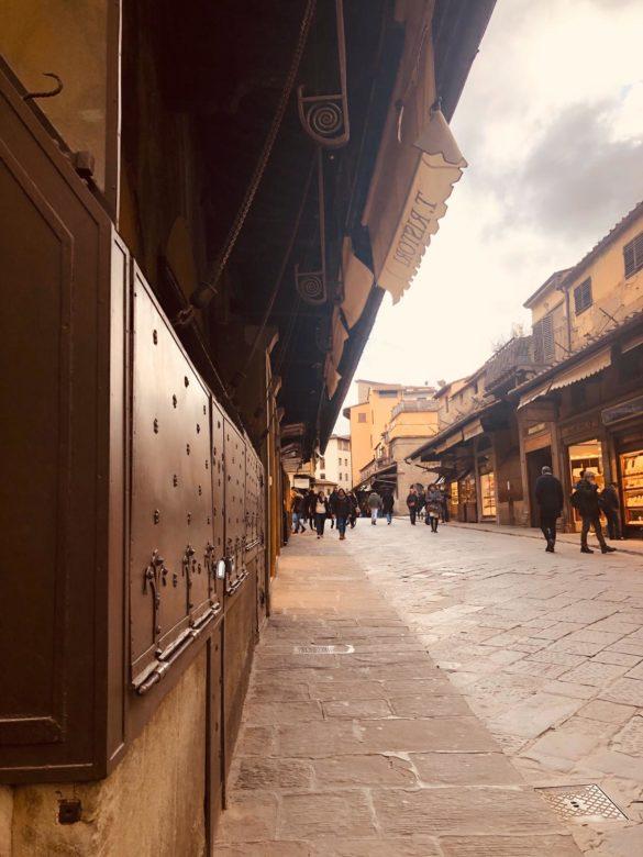 """Firenze spettrale e con pochissimi turisti. """"La stagione 2020 non inizierà, dov'è il Ministro Franceschini?"""""""