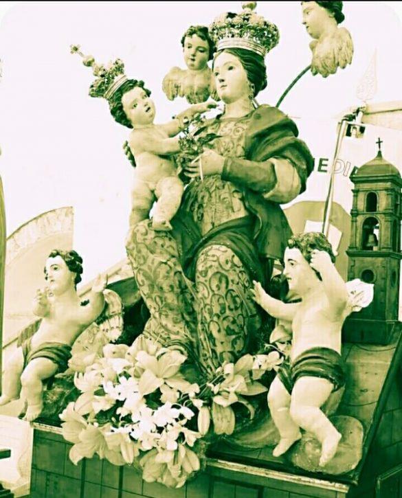 La festa in onore della Madonna di Loreto è una festa di primavera. Sospesa dal Covid-19