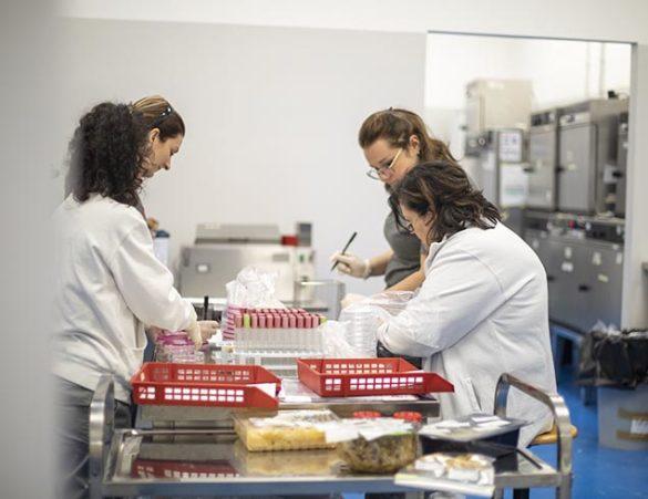 Coronavirus, BLab rinuncia alla cassa integrazione e al contrario aumenta gli stipendi dei dipendenti