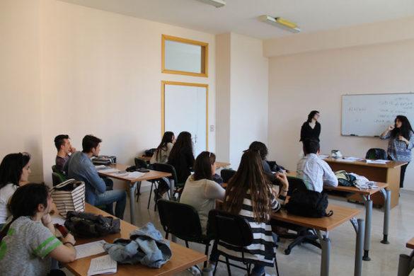 """La SSML San Domenico organizza """"Di versi in versi"""", un concorso di traduzione poetica per sostenere la Croce Rossa"""