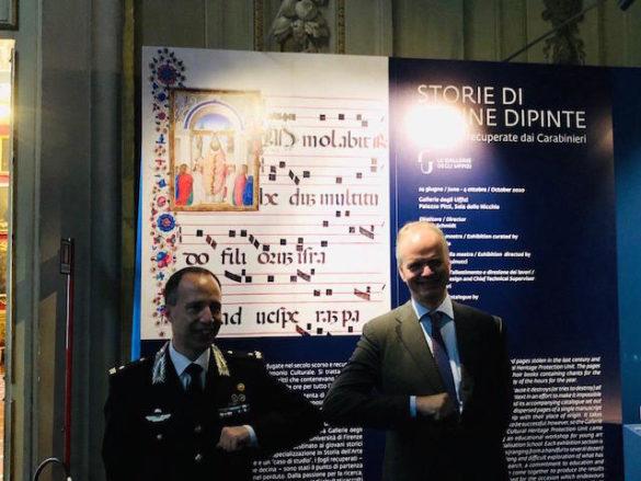 """""""Le pagine recuperate sono come dei relitti di un naufragio"""": a Palazzo Pitti le miniature recuperate dai Carabinieri"""