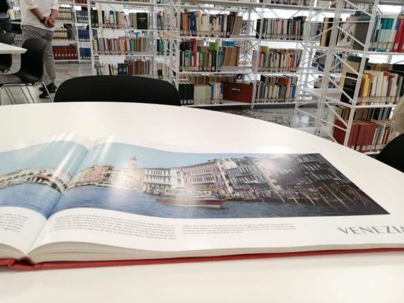 """""""Più grande, più bella, più accogliente"""", inaugurata la Biblioteca di Foggia"""